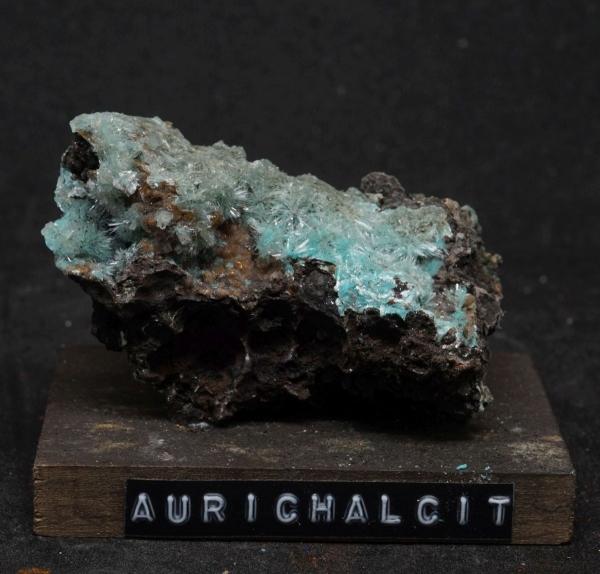 Aurichalcit